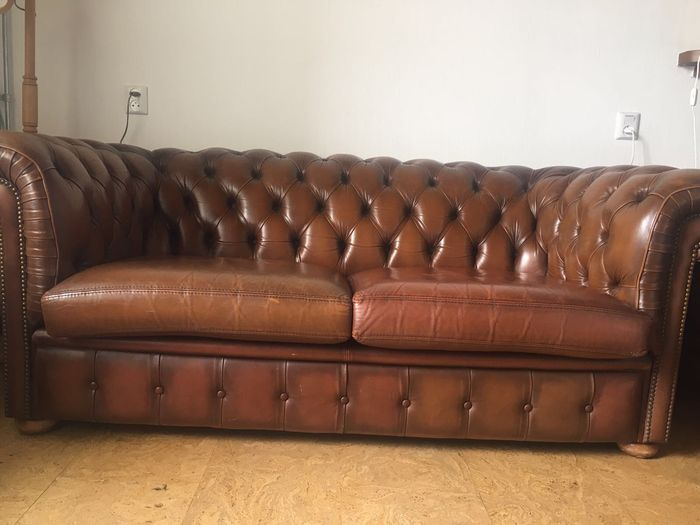 Leren Chesterfield Bank.Gedelux Vintage Leather Chesterfield Style Sofa Belgium Catawiki