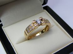 18 kt yellow gold cocktail ring set with very brilliant diamonds – No reserve price.- weight of 5.52 g - size 53/ 16.9 mm.