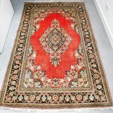 Magnificent, completely silk old Ghom.  Persian carpet – 221 x 137 cm – Collector's item – With certificate