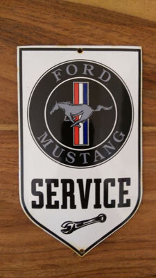 2 x Ford Mustang - service sign - parking