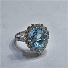 Ring 0.60 crt diamant en 5.20 crt Aquamarine