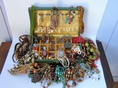 Large lot with various jewelry and other fun gadgets