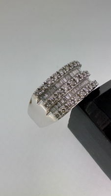 White gold ring set with diamonds