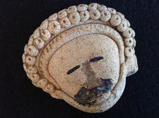 Pre-Columbian Veracruz pottery head of a dignitary or warrior - Mexico - 9 cm