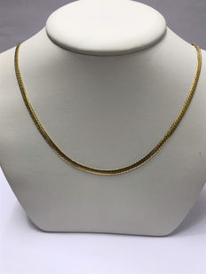 English link gold necklace