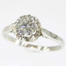 Art Deco  solitair engagement ring set with an old European cut diamond of ca. 0.78 ct. , ca. 1920