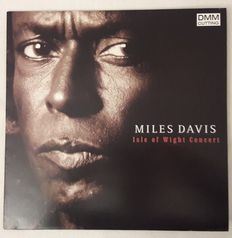 Miles Davis: 6 LP Album [In a silent way; Isle of wight concert; Sketches of Spain; Amandla; Star People; You are under arrest]. 3 PROMO-LP! All in Near Mint condition.