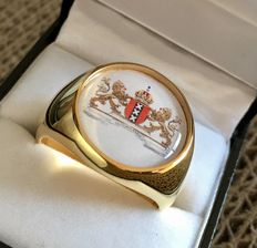 AJS Collection - The City Crest Coat of Arms of Amsterdam Netherland Dutch Hypoallergenic 24k Gold Plated Handmade Ring 21st Century