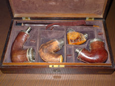 Pipe journey box with four Meerschaum pipes XIX c.