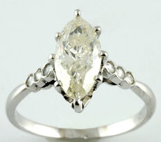 Marquise in white gold and natural diamond, IGE certificate, Marquise cut. 1.48 ct.