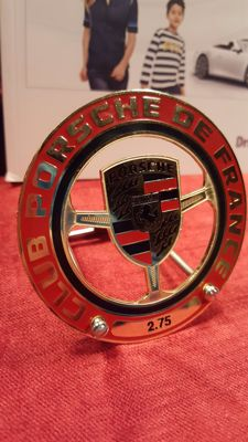 1980's  Porsche Club de France Grill Badge 911 912