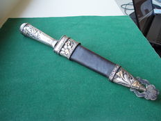 H. Boker ARBOLITO Hunting dagger silver with gold accents.