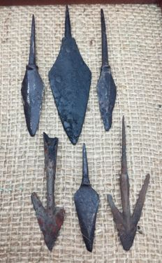 Medieval iron arrowheads the period of the Crusades (6 pcs) , in the frame for the exposure   57, 60, 73, 83, 85, 100 mm