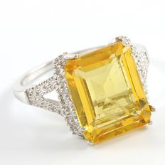 14kt White Gold Ring  Set with 0.02 ct Diamonds and Citrine-  Size: 7 - O
