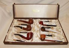 Pipe case with various pipes - pipe rack and -  stand - tobacco jar - 2nd half of 20th century.