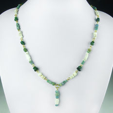 Necklace with Roman blue and green glass and shell beads - 51 cm