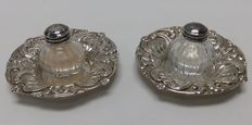 Pair of saucers and spice containers in silver and crystal. Spain. 20th century.