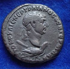 Roman Empire - Silver tetradrachm of Trajan (98 - 117 AD), struck in Tyre in Phoenicia, interesting reverse side! S753-8