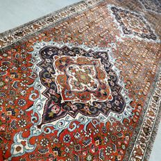 Superior Iranian Bidjar Persian runner of the highest quality – 312 x 93 – very good condition – with certificate