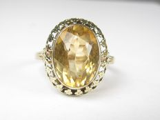 Gold ring with citrine, Germany - 1930s