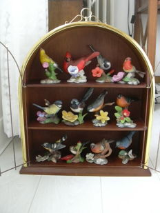 Franklin Mint 1986 Birds and Blossoms of the World Collection of Porcelain Birds with Display Bird Cage