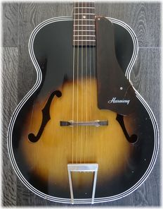 Harmony H1215 Archtop from 1970