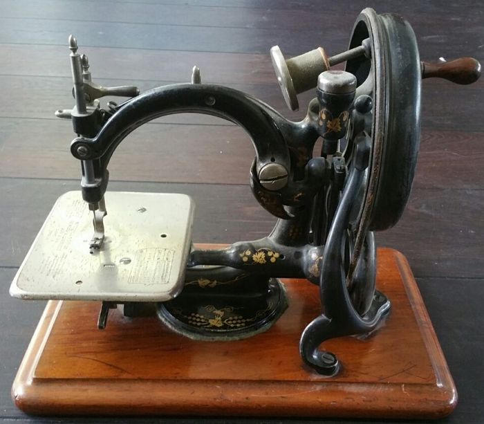Antique Willcox Gibbs Sewing Machine USA Approx 40 Catawiki Gorgeous Willcox And Gibbs Sewing Machine