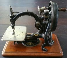 Antique Willcox & Gibbs sewing machine. USA approx. 1880