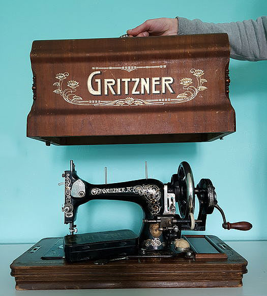 Antique Gritzner Sewing Machine With Beautiful Wooden Case And Awesome Gritzner Sewing Machine Price