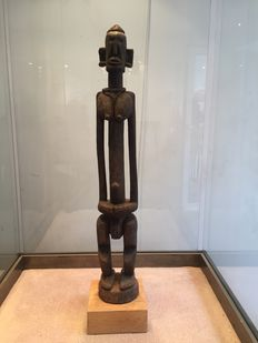 Beautiful and very large ritual figurine in the cubist style, in wood and forged iron - DOGON - Mali