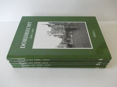 WW II; Lot with 5 editions about the war in Dordrecht  - 1980/1984