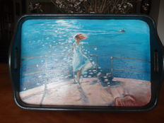 Wooden tray with an oil painting.