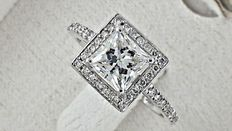 IGL 1.76 ct D/VS1 Princess Diamond Ring 14 k gold - ring size: 7 (USA)