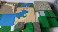 Assorted - 91 Lego bases / street plates