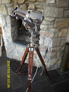 Strand Patt Electric 23 – Vintage stage lamp, with tripod