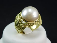 Ring in 18 kt yellow gold with 14.04 mm Mabé pearl – Size 16 ITA – 56 EU – 7.50 USA – P UK (Can be personalized free of charge)