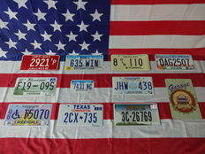 Beautiful set of 10 American license plates - 2921TP - F1909S - DBT5070 - 635WIN - 7431NC - 2CX735 - 8DLR110 - JHW438 - 3C26769 - QAG2507