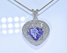 16 Ct the Heart necklace - No reserve price !