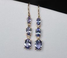 14 kt gold earrings with natural tanzanites and diamonds - Length: 32 mm