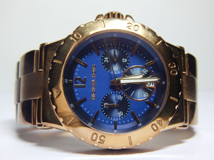 7677c543bf51 Michael Kors Ladies Watch MK5410 With Blue Dial And Rose Gold Plated  Bracelet