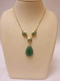 Gold 585. Necklace with aventurine. 45 cm.