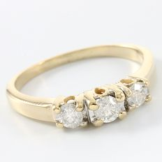14kt Yellow Gold 0.50 ct Diamond Engagement Ring - Size: 7.5 - P