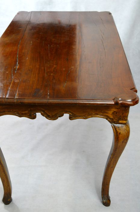 Rococo dining table with later modifications - Italian - 18th century