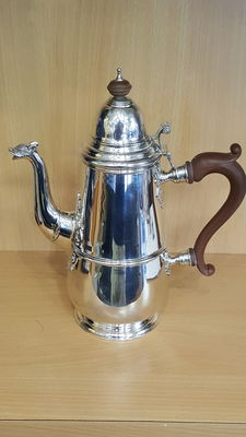 Silver coffee pot - Adie Brothers Ltd - Birmingham - 1948