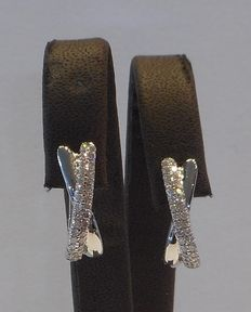 18 kt white gold 0.35 ct diamond earrings