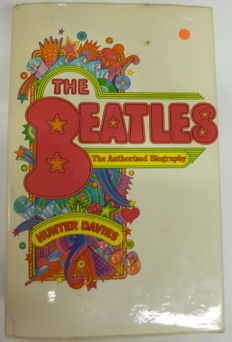 Collection of 3 Original Beatles Items : Book, CD and Keyring
