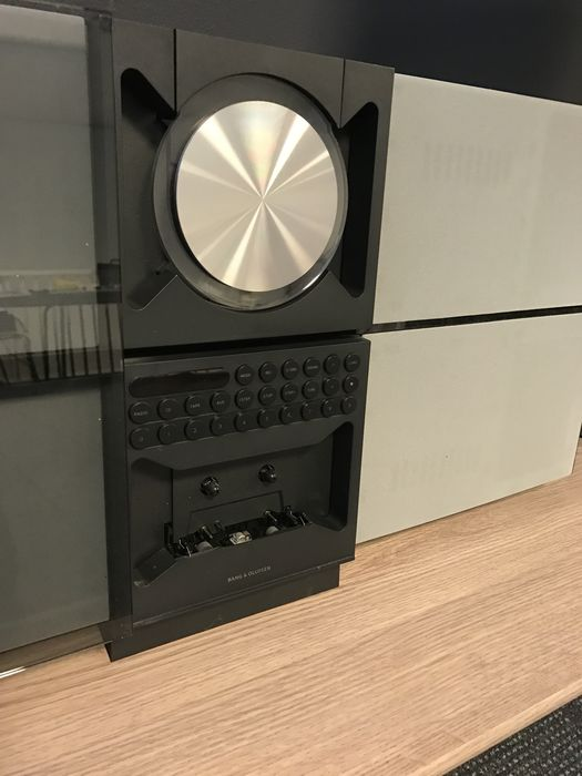 bang u0026 olufsen beosound century mk2 with wall bracket and beolink