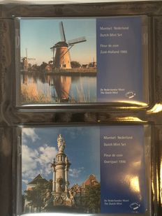 The Netherlands - Year packs 1987/1998 (12 packs) in luxury album.