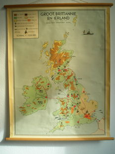 Beautiful school poster of Great Britain and Ireland, by Baker and Rusch from the 60s