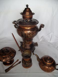 Unique old Turkish samovar with teapot, sugar and milk jug and tong - complete - Processed with red copper - Marked.